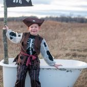 Great Pretenders Pirate Set (Pants, Shirt/Vest, Hat)