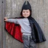 Great Pretenders Baby Spider/Bat Cape Reversible 1/2